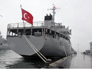 İzmit Körfezi'nde Türk Lojistik Destek Gemileri Eğitim Tatbikatı