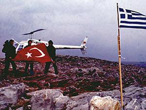 Yunanistan'ın yeni Savunma Bakanı Kardak olaylarını kaşıyacak