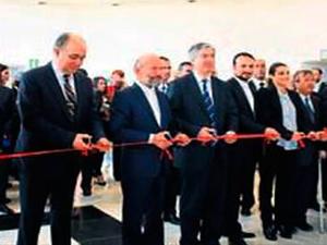 """Girne Üniversitesi """"Levant Denizcilik Tarihi Sergisi""""ni açtı"""