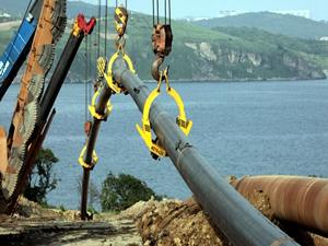 Türk Akım için Karadeniz'in altına 910 km'lik boru döşenecek