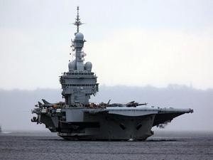 Fransız uçak gemisi Charles de Gaulle IŞİD'le 'savaşta'