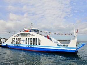 Mavi Ege Arabalı Vapuru, İzmir Körfezi'nde seferlere başladı
