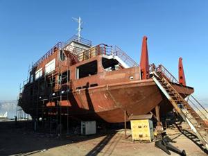 Karakaya Baraj Gölü için inşa edilen tekne, teslim edildi