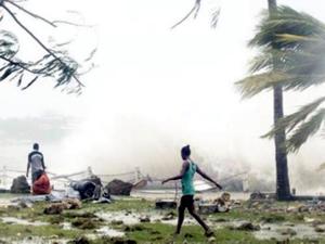 'Canavar' kasırga Pam Vanuatu'yu haritadan sildi