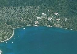 Balıkçı ve turizmci adayı paylaşamadı