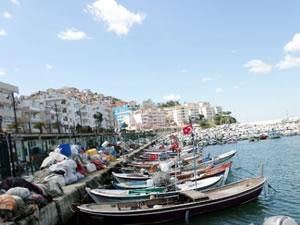 Arnavutköy Balıkçı Barınağı yenileniyor