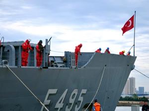 TCG Gediz Fırkateyni, Çin'de ziyarete açıldı