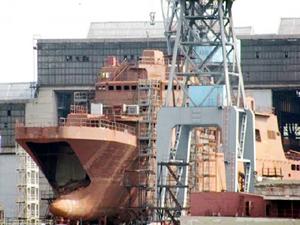 Rusya yeni bir savaş gemisi için Yantar Tersanesi ile anlaşma imzaladı