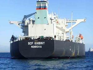 Ahırkapı'da karaya oturan M/T SCF KHIBINY  tanker kendi imkanlarıyla kurtuldu
