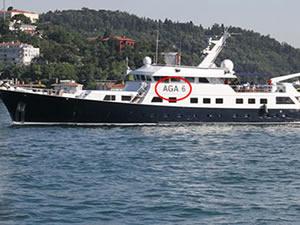 Ali Ağaoğlu 'Aga6' adlı lüks yatıyla Boğaz'da  turladı