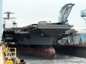 Dünyanın en büyük uçak gemisi seneye ABD donanmasının hizmetinde