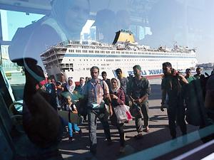AB'den Atina'ya üç aylık mülteci ültimatomu