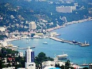 Kırım'a izinsiz giren 10 gemiye tutuklama, 4 gemiye haciz