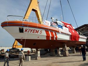 Özata Tersanesi KIYEM 5 teknesini denize indirdi