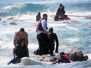 Almanya'da mültecilere havuz yasağı kaldırıldı