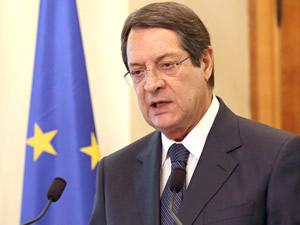 Anastasiadis: Türkiye limanlarını açarsa problem kalmaz