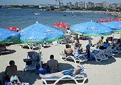 Caddebostan plajı halka açıldı
