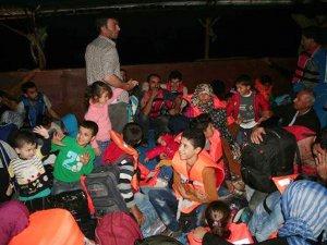 Mersin'den Kıbrıs'a gitmek isteyen 100 Suriyeli sığınmacı yakalandı