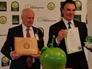 Crystal Lagoons İngiliz Parlamentosu'nda Yeşil Elma ödülüne layık görüldü