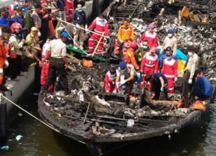 Endonezya'da tekne faciası: 23 kişi hayatını kaybetti