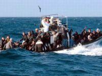 İtalya, Akdeniz'de 970 göçmeni kurtardı