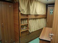 Üç kuşaktır gemi mobilyaları üretiyorlar