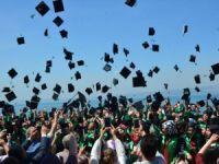 Kocaeli Üniversitesi Denizcilik Fakültesi öğrencileri mezun oldu