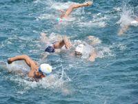Denizcilik Bayramı Foça'da Yüzme Şampiyonası ile kutlandı