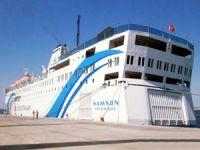 """""""T/S SAMSUN"""" Staj ve Eğitim Gemisi, İzmir Alsancak Limanı'na yanaştı"""