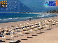 İztuzu Plajı gündüz turistlerin gece carettaların