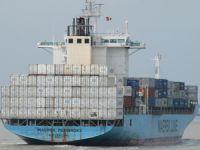 Maersk'e ait konteyner gemisinde yangın çıktı