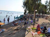 Didim'de bayramın üçüncü günü sahiller doldu