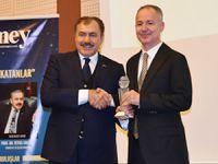 Piri Reis Üniversitesi'ne Turco Vision Özel Ödülü verildi