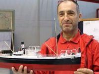 Beden eğitimi öğretmeni, 45 yıldır gemi modelciliği işini yapıyor