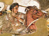 Büyük İskender dönemine ait gemi enkazı bulundu