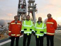 Berat Albayrak Türkiye'nin ilk sondaj gemisini ziyaret etti