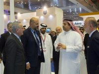 Katar Savunma Bakanı Al Attiyah, TAIS standını ziyaret etti