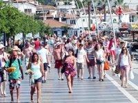 Antalya'da ilk üç ayda turist sayısı yüzde 30 arttı