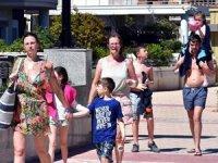 Muğla'da sıcaklık arttı sahil ve oteller canlandı