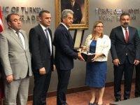 UND Heyeti, Ulaştırma ve Ticaret Bakanlıklarını ziyaret etti
