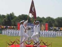 Deniz Astsubay Meslek Yüksekokulu'nda mezuniyet sevinci