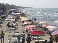 Karaburun Sahili yerli ve yabancı turistle doldu
