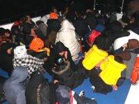 İzmir'de 45 kaçak göçmen yakalandı