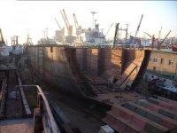 Engin Dörtler Tersanesi'ndeki gemi yangını korkuttu