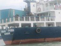 """Endonezya'da """"Multi Prima I"""" adlı kuru yük gemisi battı: 7 kişi kayıp"""