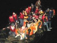 Dikili'de 87 kaçak göçmen yakalandı