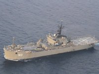 İran, donanma gemisini 'Kement' ile donattı