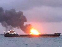 'Maestro' ve 'Candy' isimli gemilerde çıkan yangın söndürüldü