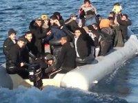 Çeşme'de 44 kaçak göçmen yakalandı
