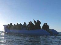 İtalya'nın düzensiz göçmen kararı tartışma yarattı